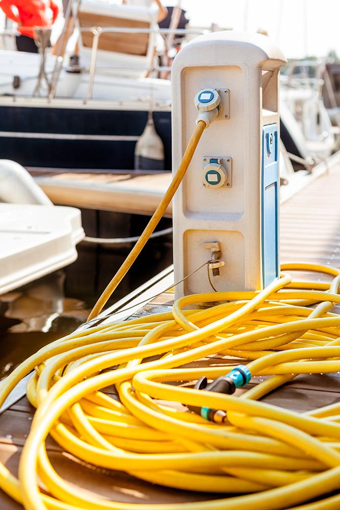 Carpet Cleaner For Pontoon Boats Carpet Vidalondon